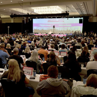 http://www.santalucialife.it/wp-content/uploads/2015/11/ontario-division-convention-320x320.jpg